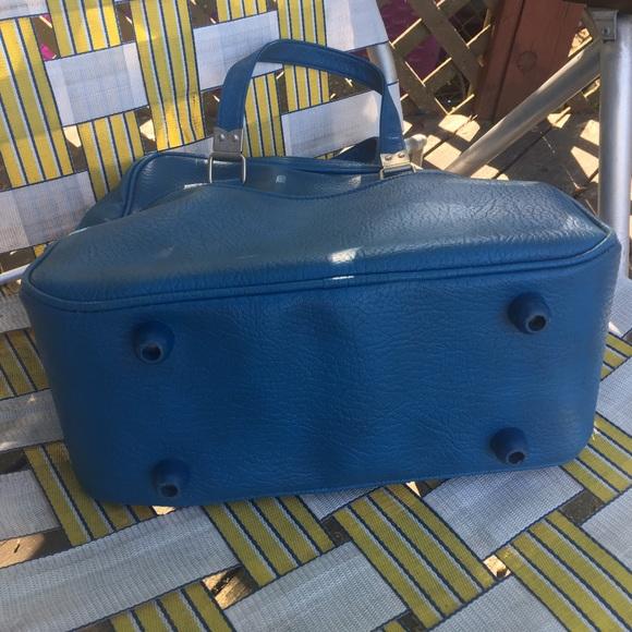 Vintage Carry On Luggage 78