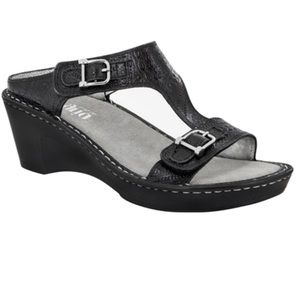 Alegria Shoes - Like New! Alegria Lara Wild West Night Sandels