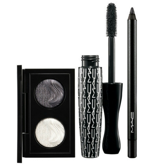 72 off mac cosmetics other mac smoky eye gift set from