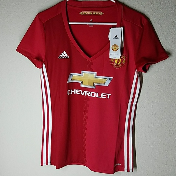 a16ea299 New with tags Manchester United FC women's Jersey NWT