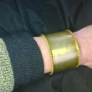EUC-Banana Republic Gold-tone Cuff