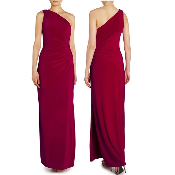 641930c3ce 🔥SALE🔥 Magenta One Shoulder Brooch Formal Gown NWT