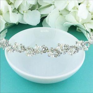 Allure Bridals Accessories - Pearl and rhinestone headpiece