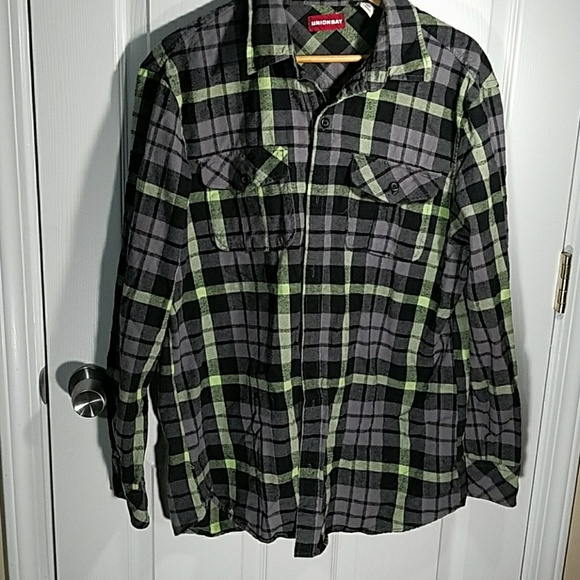 Unionbay unionbay grey black green plaid flannel shirt for Green and black plaid flannel shirt