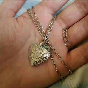 Jewelry - Heart Pendant Necklace