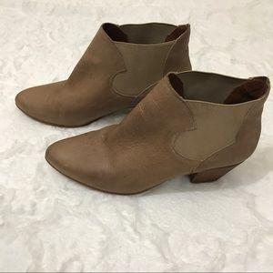 Sixty seven leather booties Tan wooden heel