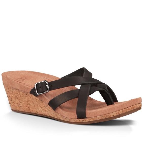 b77c938f93b ♠️ UGG Adalie Sandal Size 8.5 ♠️