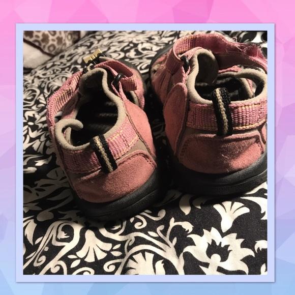 Do Keen Hiking Shoes Run Small