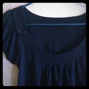 *Adorable Top with Cute Button Embellisment*