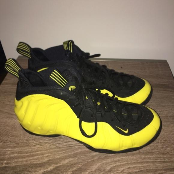 new style a81cf 2667b Nike Foamposites Black Yellow Foams men