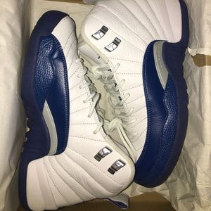 JORDAN BRAND 12s retro blue and white French blues
