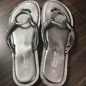 0479ca88f82b05 Brown s shoe fit Co Shoes - Ladies flip flops