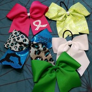 Other - Cheer Bows