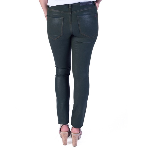 !iT Collective Jeans - NEW Green Coated Skinny Jeans