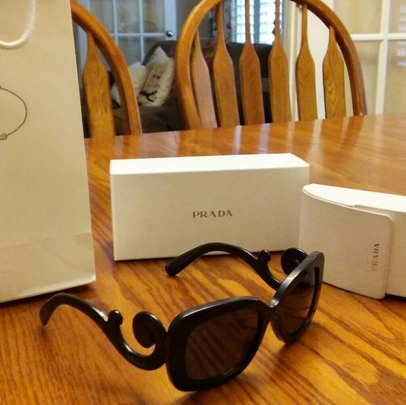 bb3e4a48156 Prada baroque polarized lens sunglasses. M 5932ee9f620ff7cade02c426. Other  Accessories ...
