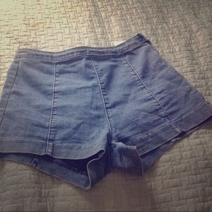 H & M size 8 shorts