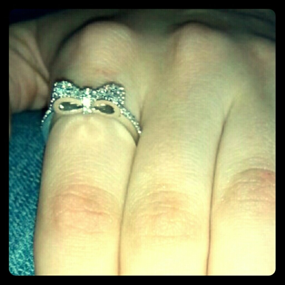 Dainty Jewelry NYC Jewelry - *Stunning Silver Bow Ring!*