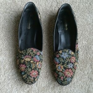Appleseed's Shoes - Floral loafer flats