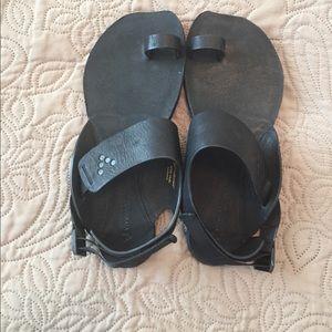 Vivo barefoot Shoes - Brand New VivoBarefoot Sandals Kolhapuri EUR 40L