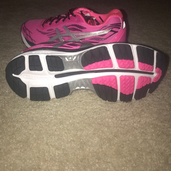 Asics Chaussures Running Femmes Taille 7 aSFbt3Y9Ia