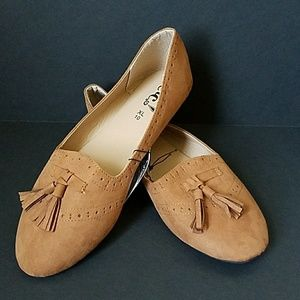 ⤵️ Rue 21 Cognac Brown Tassle Flats Loafers NWT