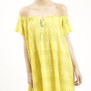 Topshop Dresses & Skirts - topshop off the shoulder yellow lace dress!