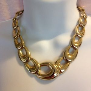 Jewelry - Gold Link Necklace