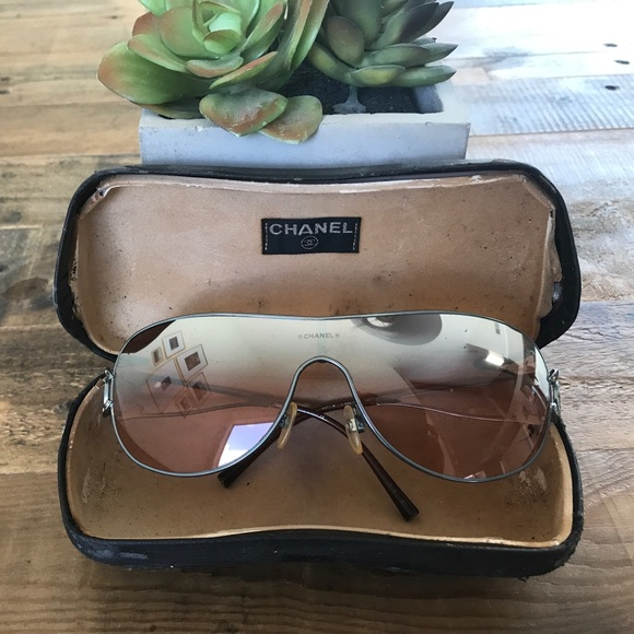 7f8be2a5b2e CHANEL Accessories - CHANEL Shield Aviator Sunglasses Authentic