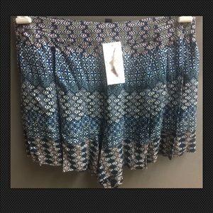 Jessica Simpson Blue Pleated Soft Shorts