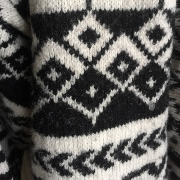 Get the best deals on black and white hm tribal sweater and save up to 70% off at Poshmark now! Whatever you're shopping for, we've got it.