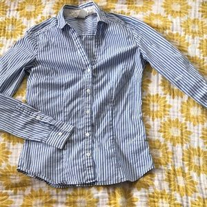 New H&M pinstriped white blue collared shirt