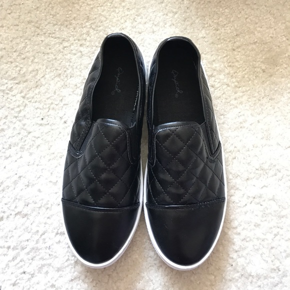 41 Off Qupid Shoes Qupid Black Quilted Capped Toe Slip