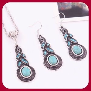 Jewelry - Turquoise Crystal Set