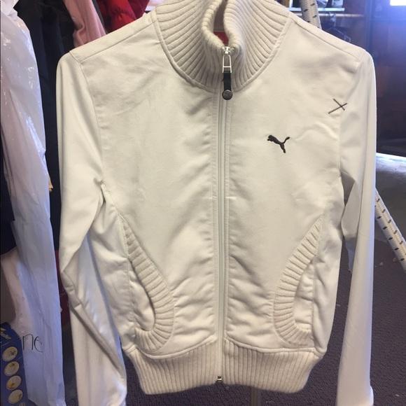 06b4c6e25c5c Cream colored puma track jacket. M 59332f1e2de51217c9018e22
