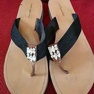 Tommy Hilfiger Shoes - Tommy Hilfiger sandles size 9.5