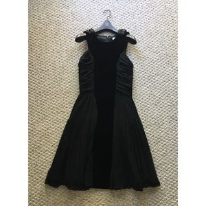 2B.Rych Dresses & Skirts - 2B. Rych Velvet Dress