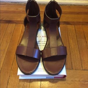 Common Projects Shoes - Woman by Common Projects Flat Sandals-Sz 37
