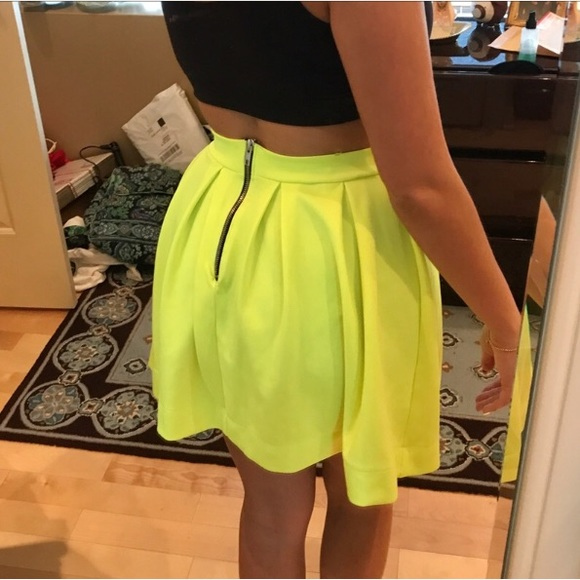 Get the best deals on neon green skater skirt and save up to 70% off at Poshmark now! Whatever you're shopping for, we've got it.