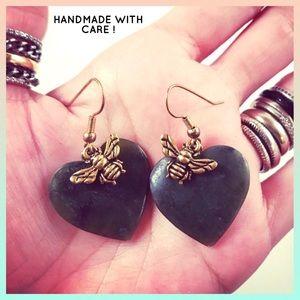 Women heart jade & gold color bees dangly earrings