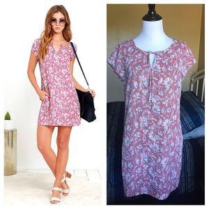 Jack by BB Dakota Dresses & Skirts - Mauve Floral Shift Dress