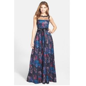 Adrianna Papell Dresses & Skirts - Adrianna Papell floral lace gown