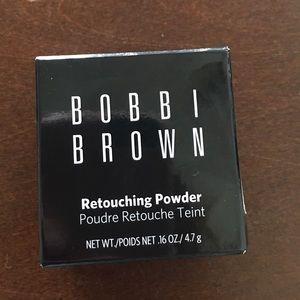 Bobbi Brown Other - Bobbi Brown retouching powder still in box