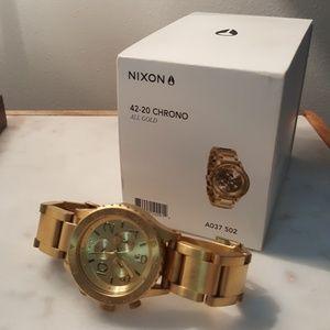 Nixon Accessories - NIXON 42-20 Chrono All Gold Watch