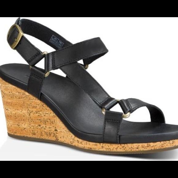 28b935f15bfb Teva Arrabelle Universal Wedge Sandals. M 593362fe4e8d177096041669