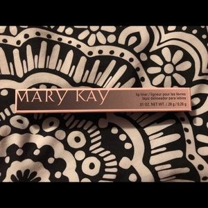 Mary Kay lip liner - Clair