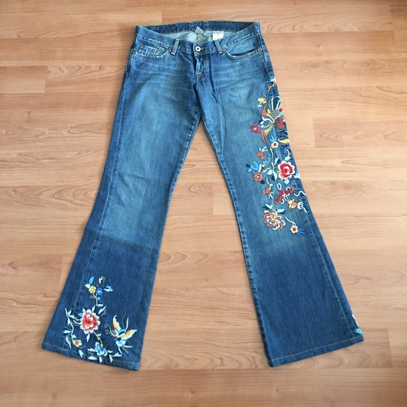 Lucky Brand Denim - Lucky brand lil Maggie Embroidered jeans sz 6/28