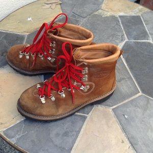 Dunham Shoes - Danner Style Dunham Hiking Boots, Sz 9.