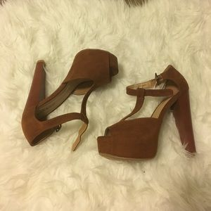 2bamboo Shoes - Never worn - platform heels