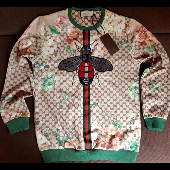 gucci sweater. **sold** nwts gucci sweater e