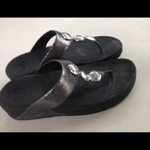 Fitflop black with stone women thong sandals